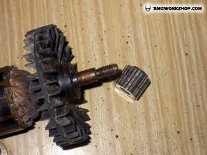 threaded pulley removal tool