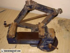 bench vise screw installation and restoration